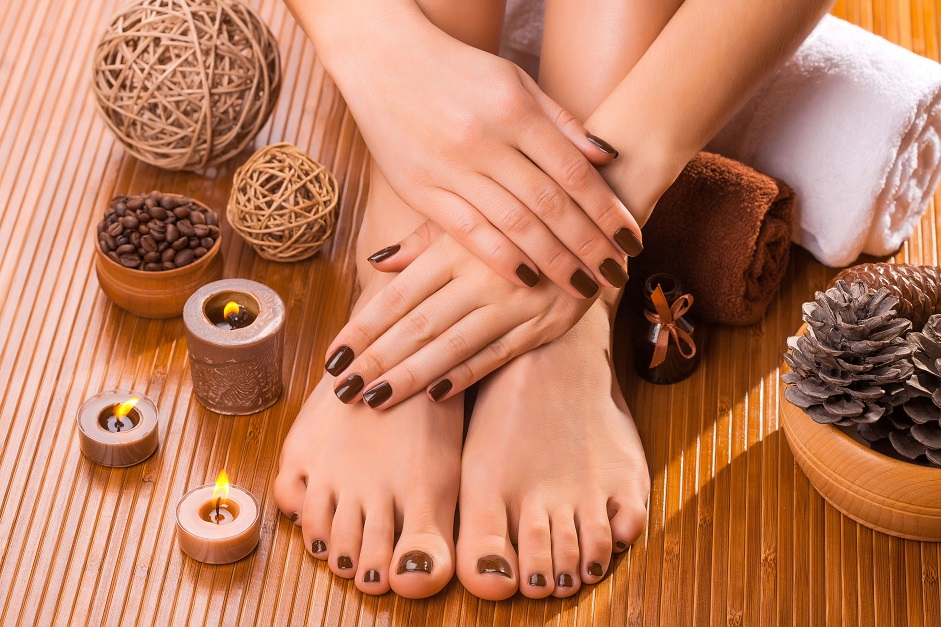 FOOT CARE TIPS & TRICKS – PEDICURE